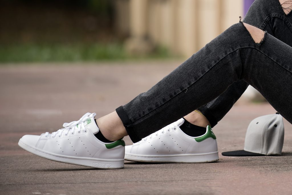 comment porter des stan smith femme